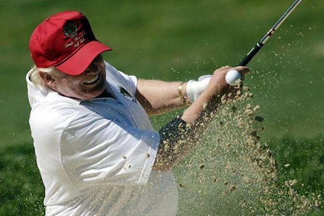 Трамп решил перещеголять Обаму – купил симулятор для гольфа за $50 тыс.