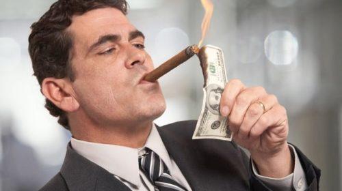 Стало известно, кто владеет всеми финансовыми активами России