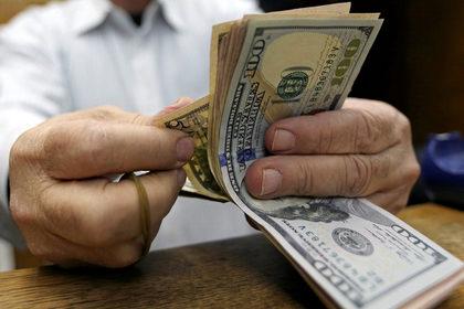 Доллар назвали угрозой экономике США