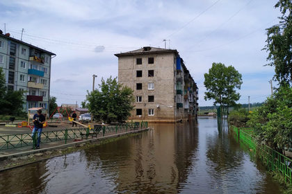 Пострадавшими от наводнения в российском регионе признали десятки тысяч человек