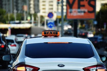 В России стало больше таксистов-нелегалов
