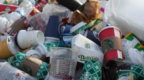 Ирландия введет налог на использование одноразовых стаканчиков