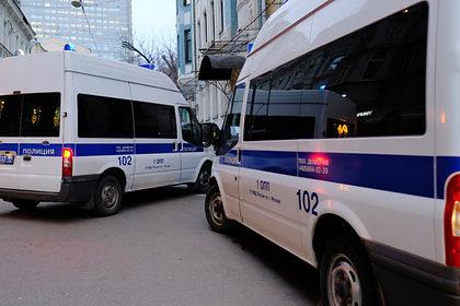 Россиянин убил собутыльника и захватил заложницу