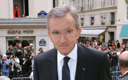 Владелец Louis Vuitton потерял $5 млрд