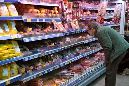 Названо количество поддельной еды в российских магазинах
