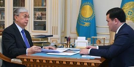 Президент принял акима Карагандинской области Жениса Касымбека