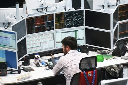 Названы вакансии с зарплатой в 800 тысяч рублей