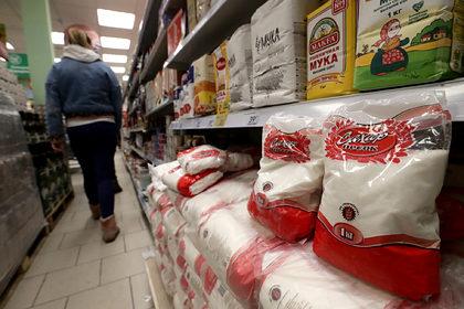 Названы сроки спада ажиотажа на продукты в России