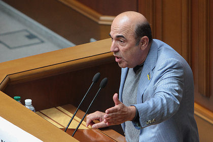 На Украине призвали попросить помощи у России из-за коронавируса