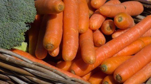 В Украине снова начала дорожать морковь