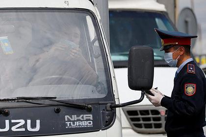 В Казахстане ограничили снятие наличных