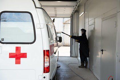 Заразившийся коронавирусом сотрудник скорой помощи раскрыл этапы лечения